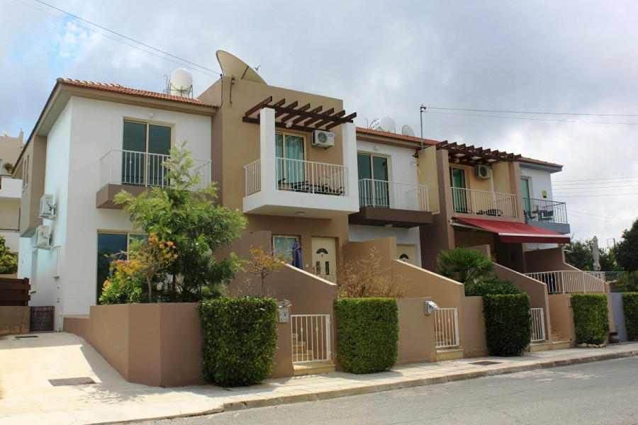 For Sale 2 Bedroom town House in Mesa Chorio