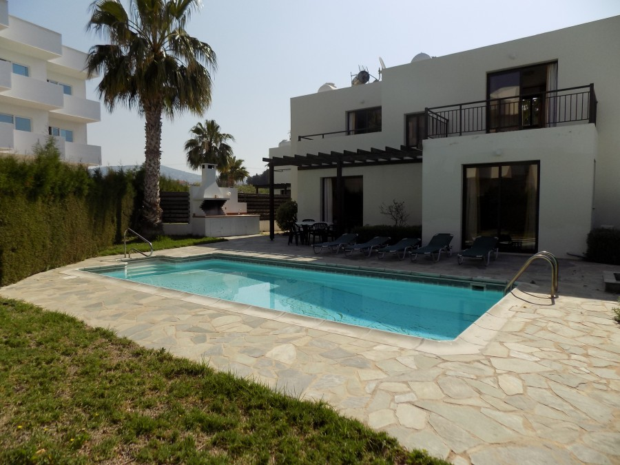 3 Bedroom Villa in Kissonerga