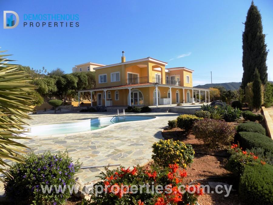 Villa in Akoursos