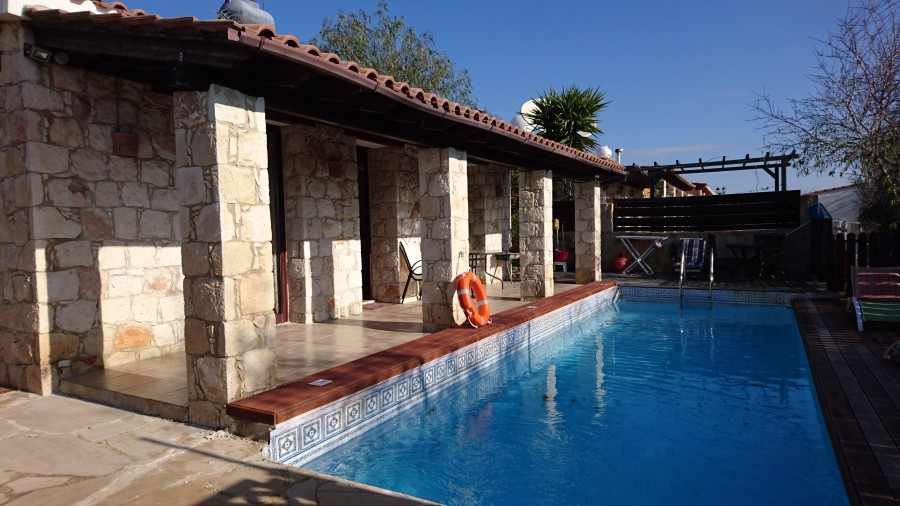 2 Bedroom Bungalow in Stroumbi, Paphos